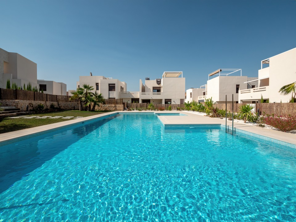 Los Lagos Apartments Palmera Blue Real Estate Investment In Spain